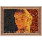 Портрет из янтаря по фотографии фото