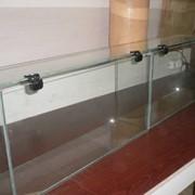 Торговое оборудование из стекла фото