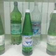 Вода Минеральная Славянская премиум фото