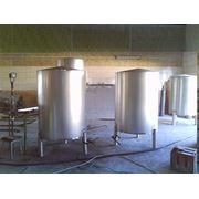 Резервуары, емкости для воды, молока, мешалки фото