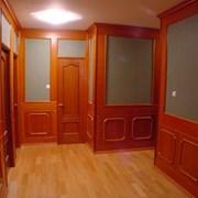Отдела стен деревянными панелями  фото