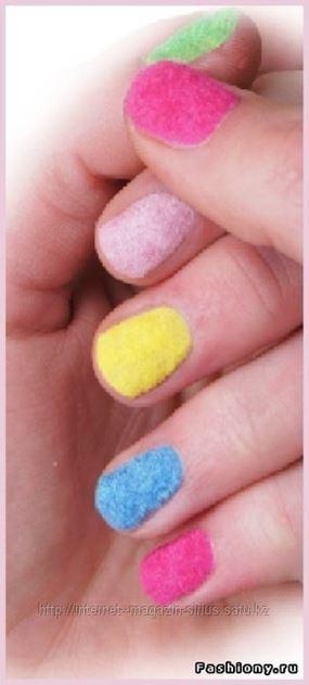 кашемировый дизайн ногтей: