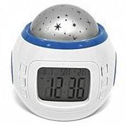 Часы-будильник и проектор звездного неба фото