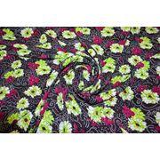 """Плательно - блузочная ткань """" Салатовые цветы """" фото"""