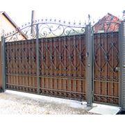 Ворота откатные с элементами ковки фото