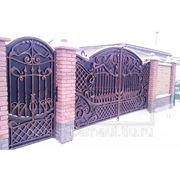 Кованые ворота распашные производство в Барнауле. фото