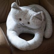 Кот-подушка фото