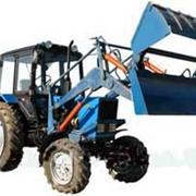 Трактор МУП-351 с челюстным ковшом фото