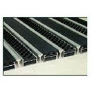 Алюминиевые решетки Резина (текстиль)+скребок+щетка фото