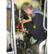 Ремонт судового оборудования. фото