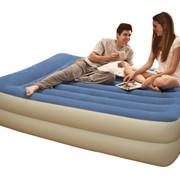 Надувная кровать Intex со встроенным насосом марки 67714 фото