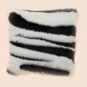 Подушка декоративная из искусственного меха Зебра П-1037И2 фото