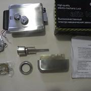 Установка электромеханического замка фото
