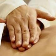 Врач мануальной терапии Врач мануальной терапии - методы лечения и диагностики, представляющие собой воздействие рук терапевта на организм пациента. Методы направлены преимущественно на лечение заболеваний опорно-двигательной системы и внутренних органо фото