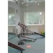 Тренажерный зал в гостинице фото