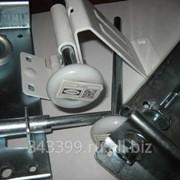 Комплектующие для секционных гаражных и промышленных ворот фото