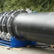 Монтаж водопроводных систем с помощью полиэтиленовых труб фото
