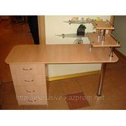 Изготовление маникюрных столиков на заказ из мдф и лдсп. фото