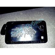 Лазерная гравировка телефона фото
