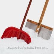 Сброс снега с кровли фото