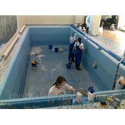 Чистка бассейна фото