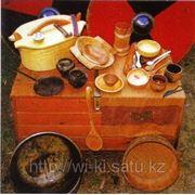 Декоративная посуда и кухонные принадлежности славянской (европейской) кухни фотография