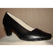 Пошив женской обуви из натуральной кожи, туфли. фото