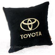 Подушка в авто Toyota фото