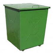 Контейнер для мусора с крышкой на колесиках фото