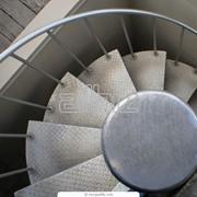 Лестницы винтовые, маршевые, чердачные фото