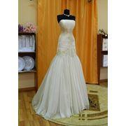 Свадебное платье со шлейфом 004