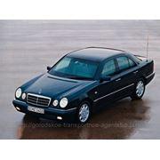 Аренда автомобиля «Mercedes Benz 210 E» фото
