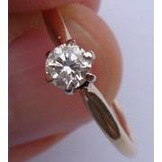 Золотое кольцо с бриллиантом 22 фото