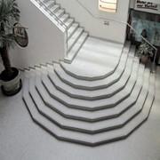 Лестницы из искусственного камня фото