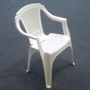 Пластиковый стул фото