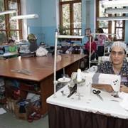 Ремонт одежды из трикотажа, кожи и меха фото
