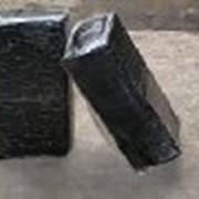 Битум нефтяной строительный твердых марок фото