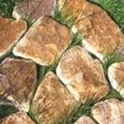 Песчаник Ямпольский природной формы фото