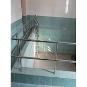 Лестницы для бассейнов на заказ из нержавеющей стали фото