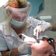 Лечение зубов в Харькове фото