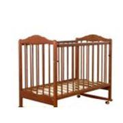 Кроватка деревянная фото