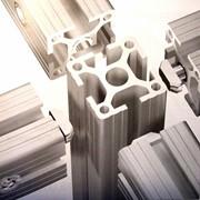 Алюминиевые профили для торгового и торгово-выставочного оборудования фото