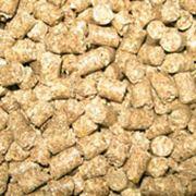 Наполнители древесные гранулированные для туалетов домашних животных фото