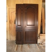 Двери из массива твердых пород дерева фото