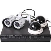 Комплект видеонаблюдения Hikvision DS-J142I 2+2 фотография