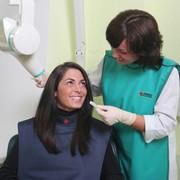 Лечение кариеса и некариозных поражений твёрдых тканей зуба (гипоплазия и эрозия эмали, флюороз и др.). фото
