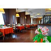 """Зала ресторану """"Південна Брама"""" фото"""