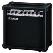 Гитарный комбоусилитель Yamaha GA-15 фото