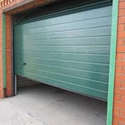 Автоматические секционные ворота для дома (гаража) фото
