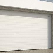 Подъемно-секционные автоматические гаражные ворота фото